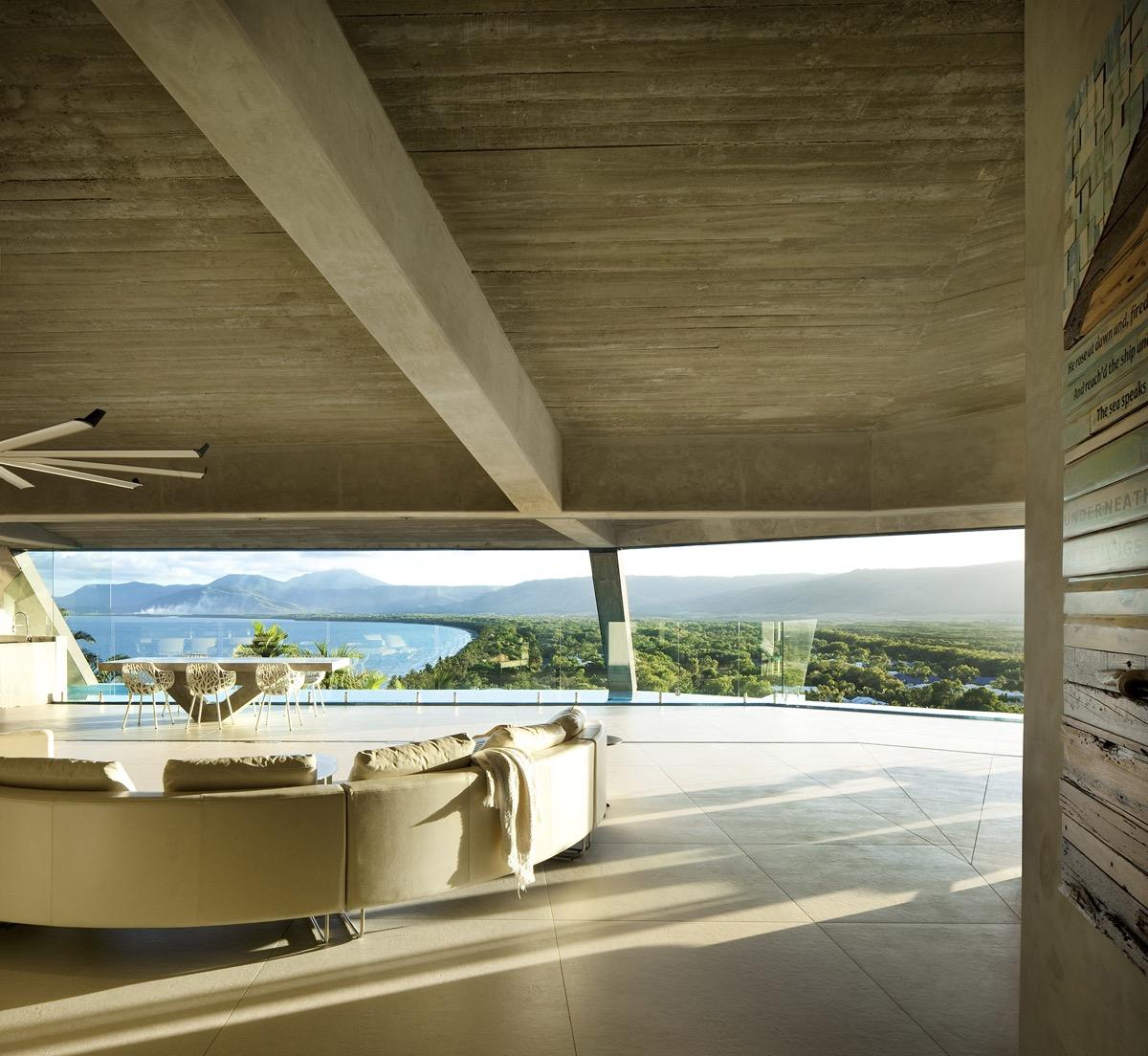 Di daniela curia su pinterest. A Sculptural Cliffside Home With A Breathtaking Tropical View