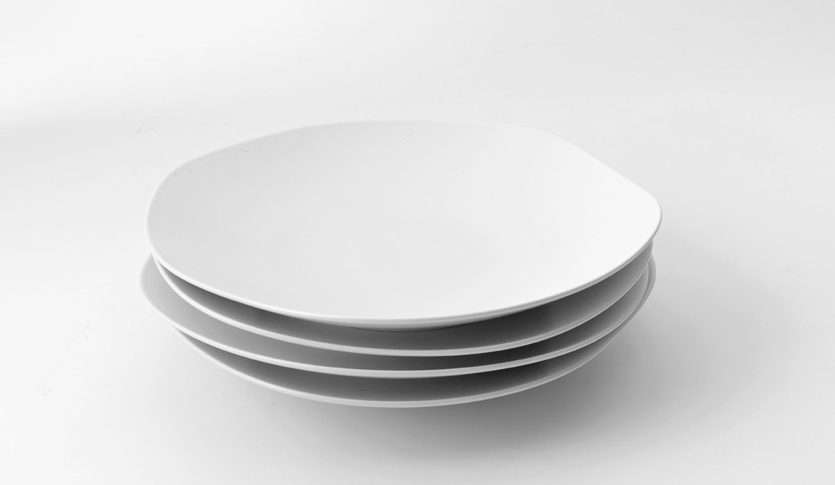 Product Of The Week Minimalist Plate Set From Metaphys