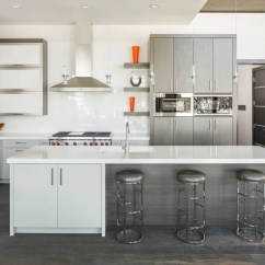 Grey Kitchen Backsplash Cheapest Wood For Cabinets 30 Gorgeous And White Kitchens That Get Their Mix Right