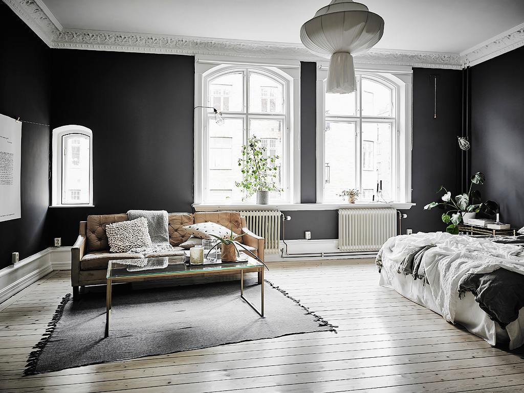 black and white living rooms sectional sofa in small room 30 that work their monochrome magic 19 source entrance