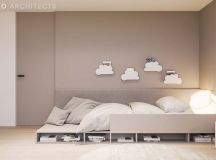 Ritzy UK Home with Glam Metallic Accents images 27