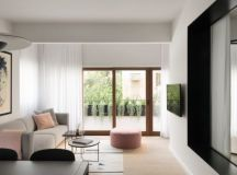 Bauhaus Style Home with Interior Glass Walls images 24