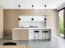 40 Minimalist Kitchens to Get Super Sleek Inspiration images 7