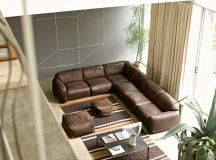 Living Rooms With Brown Sofas: Tips And Inspiration For Decorating Them images 11