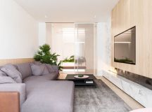 Functional Minimalist Home With Brave Colours And Bespoke Installations images 4