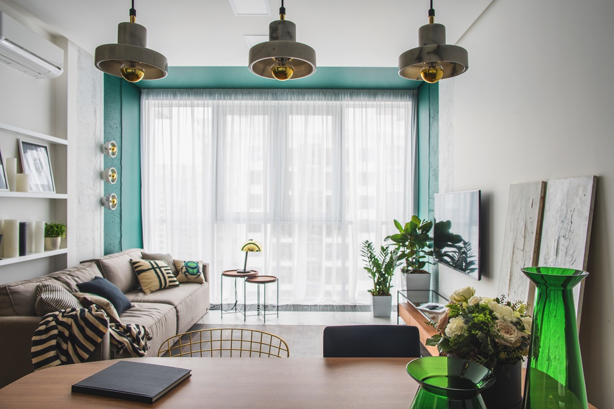 Green and Gold Interior With Modern Eclectic Vibe – HOME INTERIOR 1