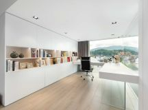 A Car Lover's Ideal Home In Hong Kong images 7