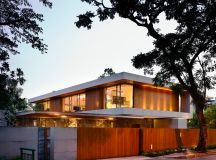 The Contemporary Home Of A Majestic Pre-War Rain Tree images 34
