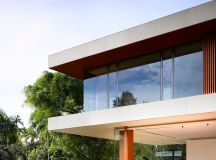 The Contemporary Home Of A Majestic Pre-War Rain Tree images 14