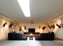 The Contemporary Home Of A Majestic Pre-War Rain Tree images 32