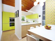 33 Gorgeous Green Kitchens And Ways To Accessorize Them images 22