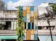 50 Narrow Lot Houses That Transform A Skinny Exterior Into Something Special images 44