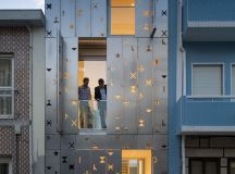 50 Narrow Lot Houses That Transform A Skinny Exterior Into Something Special images 24