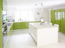 33 Gorgeous Green Kitchens And Ways To Accessorize Them images 16