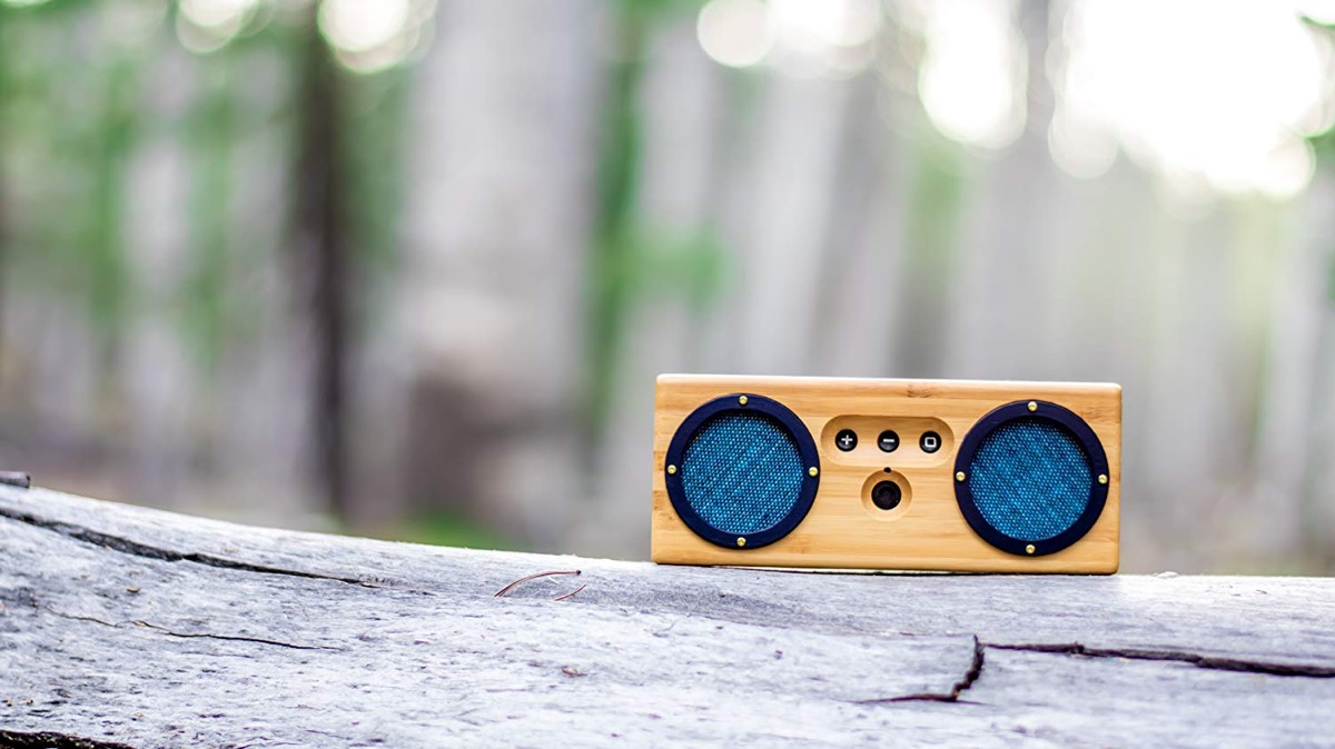Product Of The Week: Retro Bamboo Wood Bluetooth Speakers