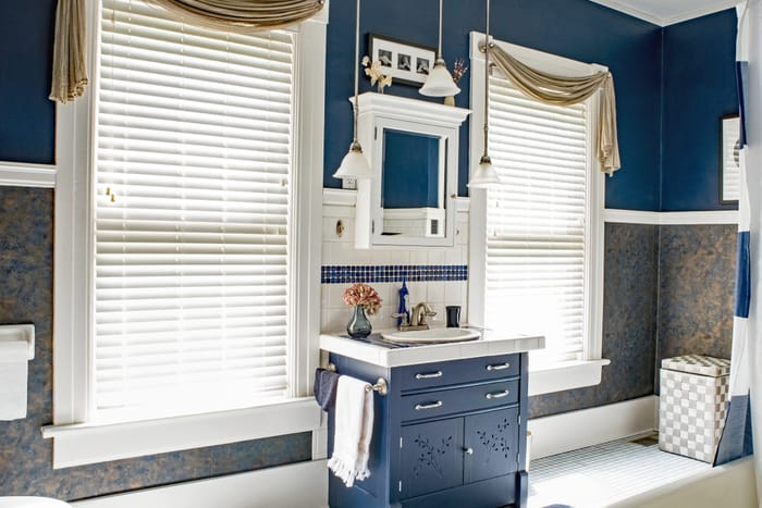 30 Ways To Jazz Up A Bathroom For Under 100