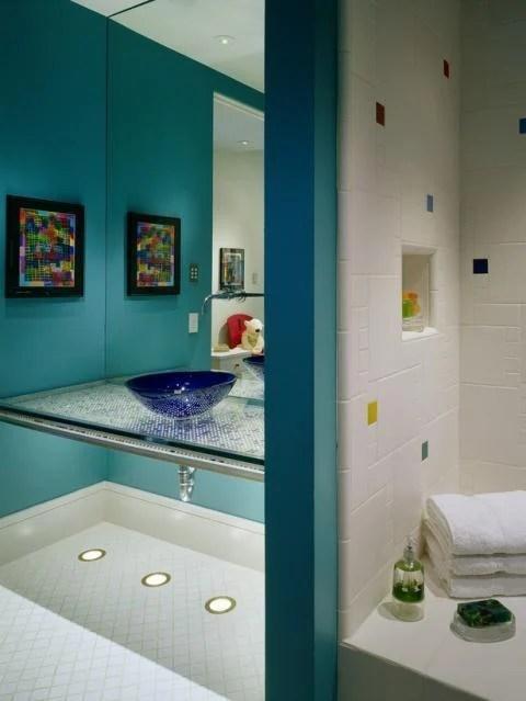 eclectic bathroom in Aurora, CO