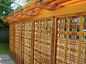Custom Composite Deck wPrivacy Screen Pictures and Photos
