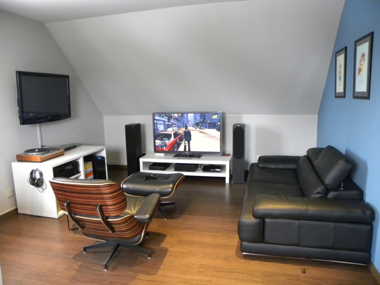 If you have a game room or recreation area in your home, it's important to have good lighting. 15 Awesome Video Game Room Design Ideas You Must See ...