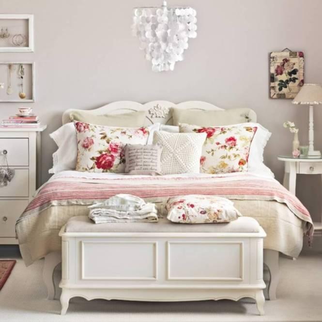 carved vintage bedroom decoration with fl print pillows - Vintage Bedroom Design Ideas