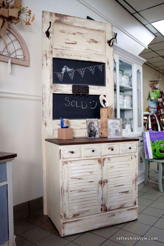 New Takes On Old Doors 21 Ideas How to Repurpose Old