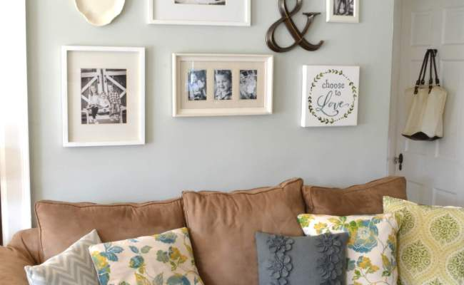 30 Best Decoration Ideas Above The Sofa For 2017