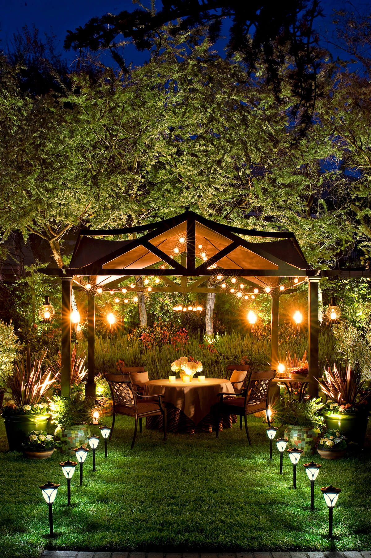 27 Best Backyard Lighting Ideas and Designs for 2017