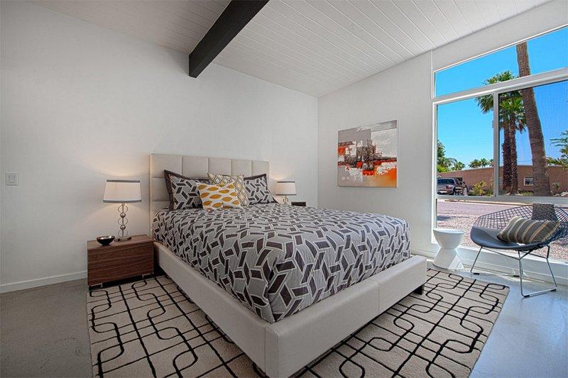 mid century modern queen bedroom set