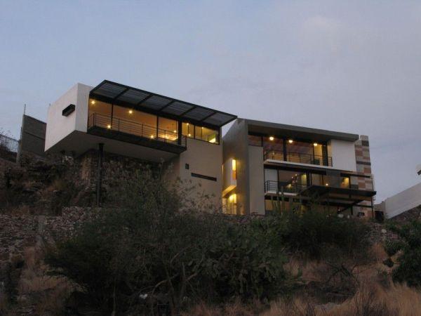 Modern House In Quertaro Mexico By Factor Arquitectura