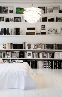How To Decorate A Bedroom With White Walls