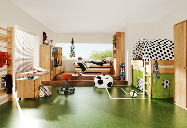 how to decorate the room of a football fan