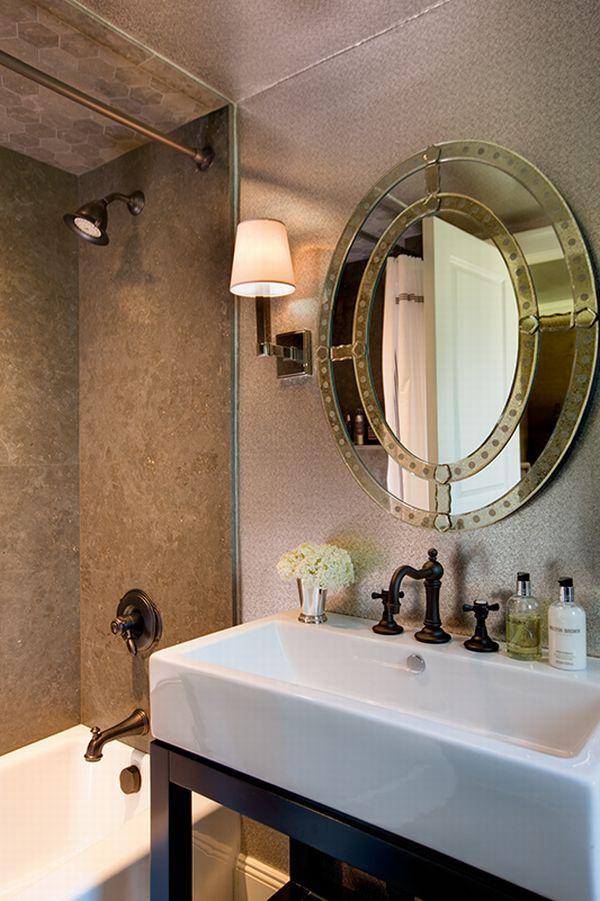 11 Beautiful Venetian Mirrors