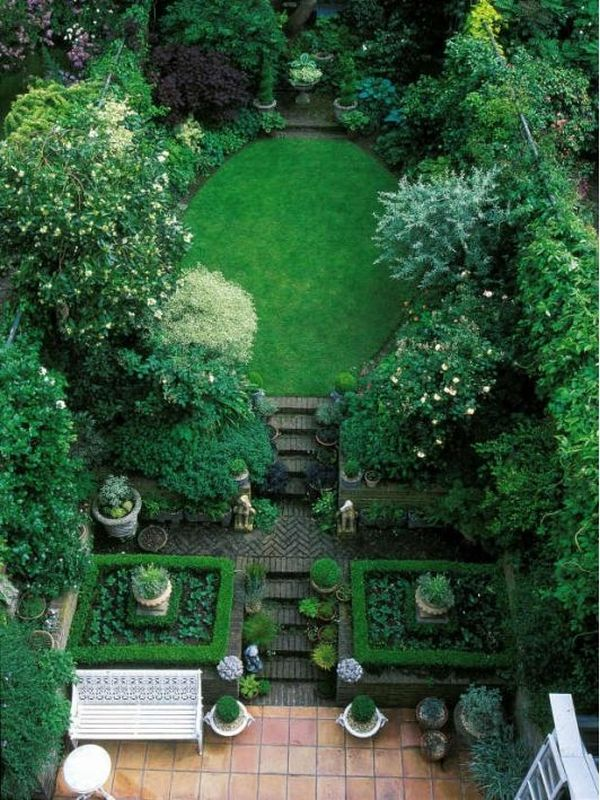 make your small yard look bigger