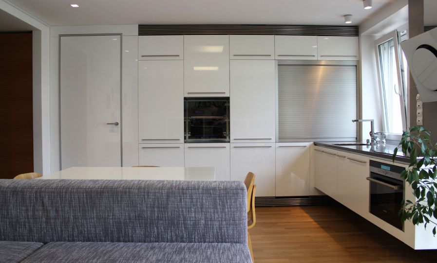 Minimalist Trends  White Kitchen Cabinets For A Chic And