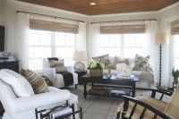 How To Decorate A Living Room This Summer?