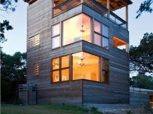 Tower House In Texas