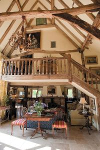 Beautiful barn turned into a cozy family home
