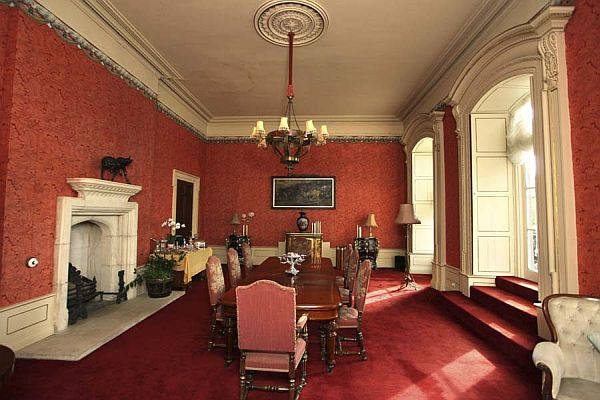 Fivebedroom country house in Ireland for sale