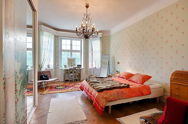 wooden floors in living rooms ocean themed room decorating ideas cozy corner apartment with three balconies