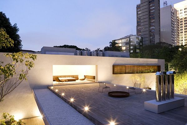 The Wooden Patio House by Marcio Kogan