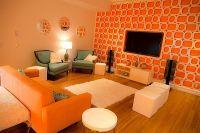 Bright and fun orange room design
