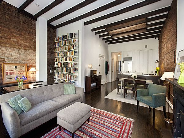 Peaceful Village Classic Apartment Downtown Manhattan
