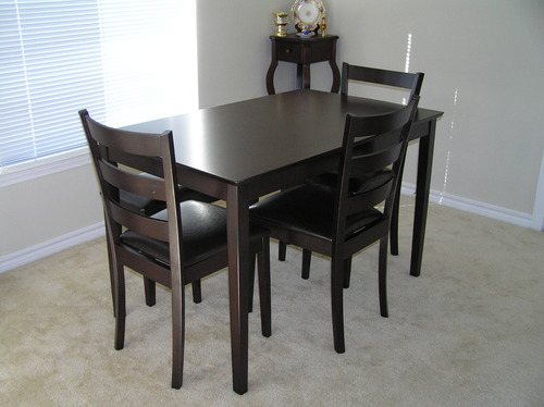 Dinner Table And Chairs Set