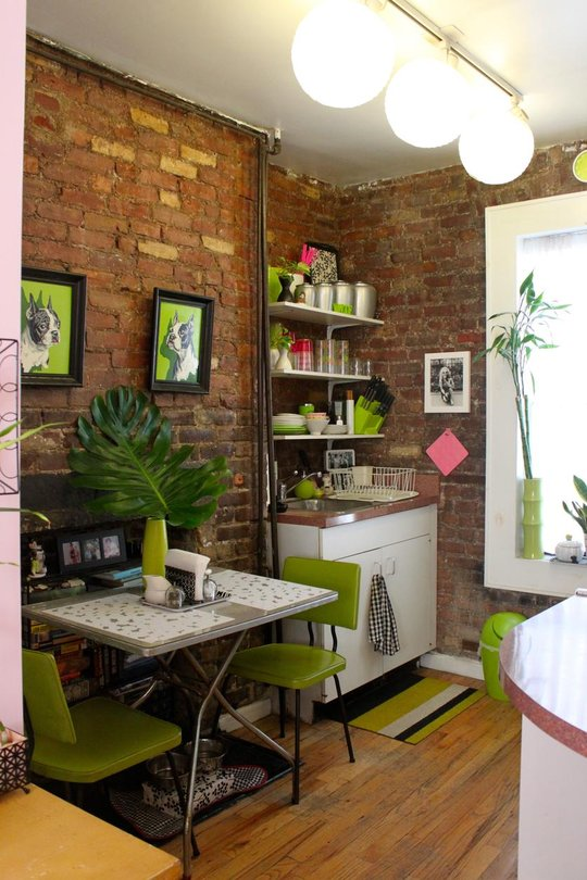 Tiny apartment in New York with exposed brick walls