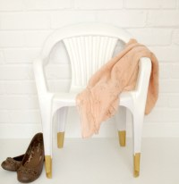 How To Revive an Old chair Using Paint