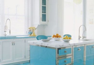 Decorating Your Kitchen Island