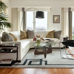 White Sofa Living Room Decor Gray Wood Flooring How To Keep A Clean