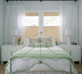 cottage bedroom traditional bedrooms curtains decor curtain janela embaixo idea