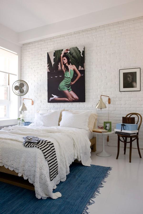 Make Your Bedroom Look Bigger In 5 Easy Steps