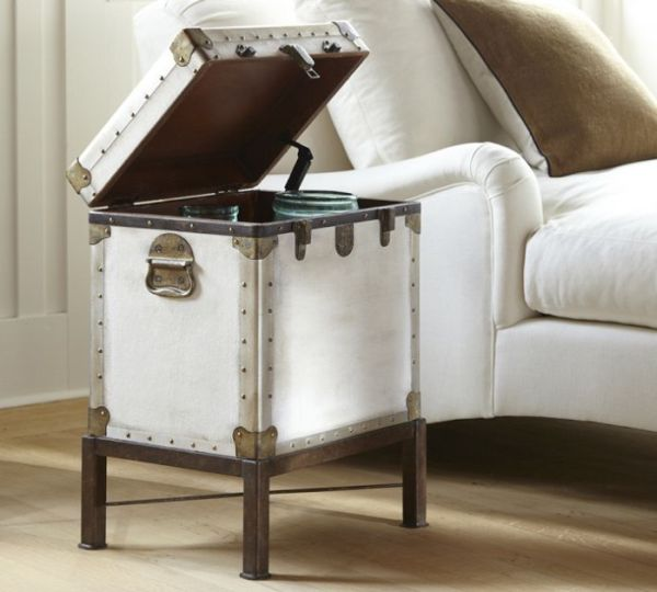 The vintage Ludlow trunk side table